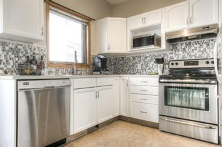 Photo 8: 45 Riverside Crescent SE in Calgary: Riverbend Detached for sale : MLS®# A1091376