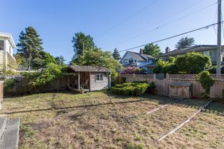 "Photo 16: 2663 MCBRIDE Avenue in Surrey: Crescent Bch Ocean Pk. House for sale in ""Crescent Beach"" (South Surrey White Rock)  : MLS®# R2271993"