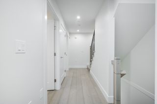 Photo 21: 2095 E 10TH Avenue in Vancouver: Grandview Woodland 1/2 Duplex for sale (Vancouver East)  : MLS®# R2500962
