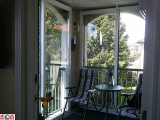 "Photo 7: 302 1447 BEST Street: White Rock Condo for sale in ""Monticello Place"" (South Surrey White Rock)  : MLS®# F1110788"