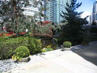 "Photo 27: 1603 1288 ALBERNI Street in Vancouver: West End VW Condo for sale in ""The Palisades"" (Vancouver West)  : MLS®# R2530276"