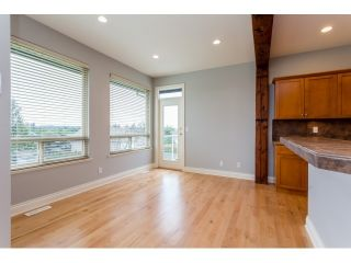 Photo 12: 18678 53A AVENUE in Cloverdale: Cloverdale BC House for sale ()  : MLS®# R2028756