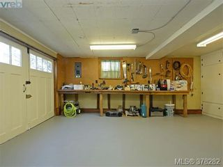 Photo 17: 3115 Glasgow St in VICTORIA: Vi Mayfair House for sale (Victoria)  : MLS®# 759622