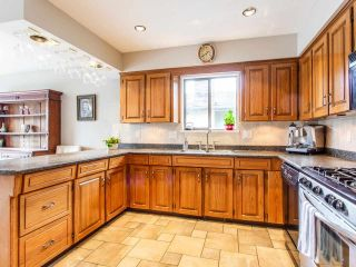 Photo 13: 2248 CALEDONIA AVENUE in North Vancouver: Deep Cove House for sale : MLS®# R2459764