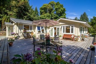 Photo 2: 4205 Armadale Rd in : GI Pender Island House for sale (Gulf Islands)  : MLS®# 885451