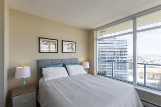 """Photo 11: 1008 1708 COLUMBIA Street in Vancouver: False Creek Condo for sale in """"Wall Centre- False Creek"""" (Vancouver West)  : MLS®# R2560917"""
