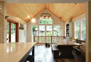 Photo 7: 256 KNIGHT Road in Gibsons: Gibsons & Area House for sale (Sunshine Coast)  : MLS®# R2600569