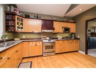 Photo 5: 955 164A Street in Surrey: King George Corridor House for sale (South Surrey White Rock)  : MLS®# R2154455