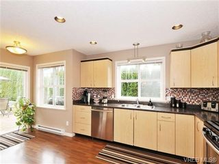 Photo 7: 804 Gannet Court in VICTORIA: La Bear Mountain Residential for sale (Langford)  : MLS®# 338049