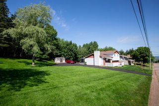 Photo 2: 210 Lyman Street in Truro: 104-Truro/Bible Hill/Brookfield Residential for sale (Northern Region)  : MLS®# 202118102