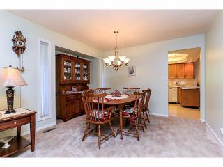 """Photo 7: 15665 93RD Avenue in Surrey: Fleetwood Tynehead House for sale in """"Belair Estates"""" : MLS®# F1417825"""
