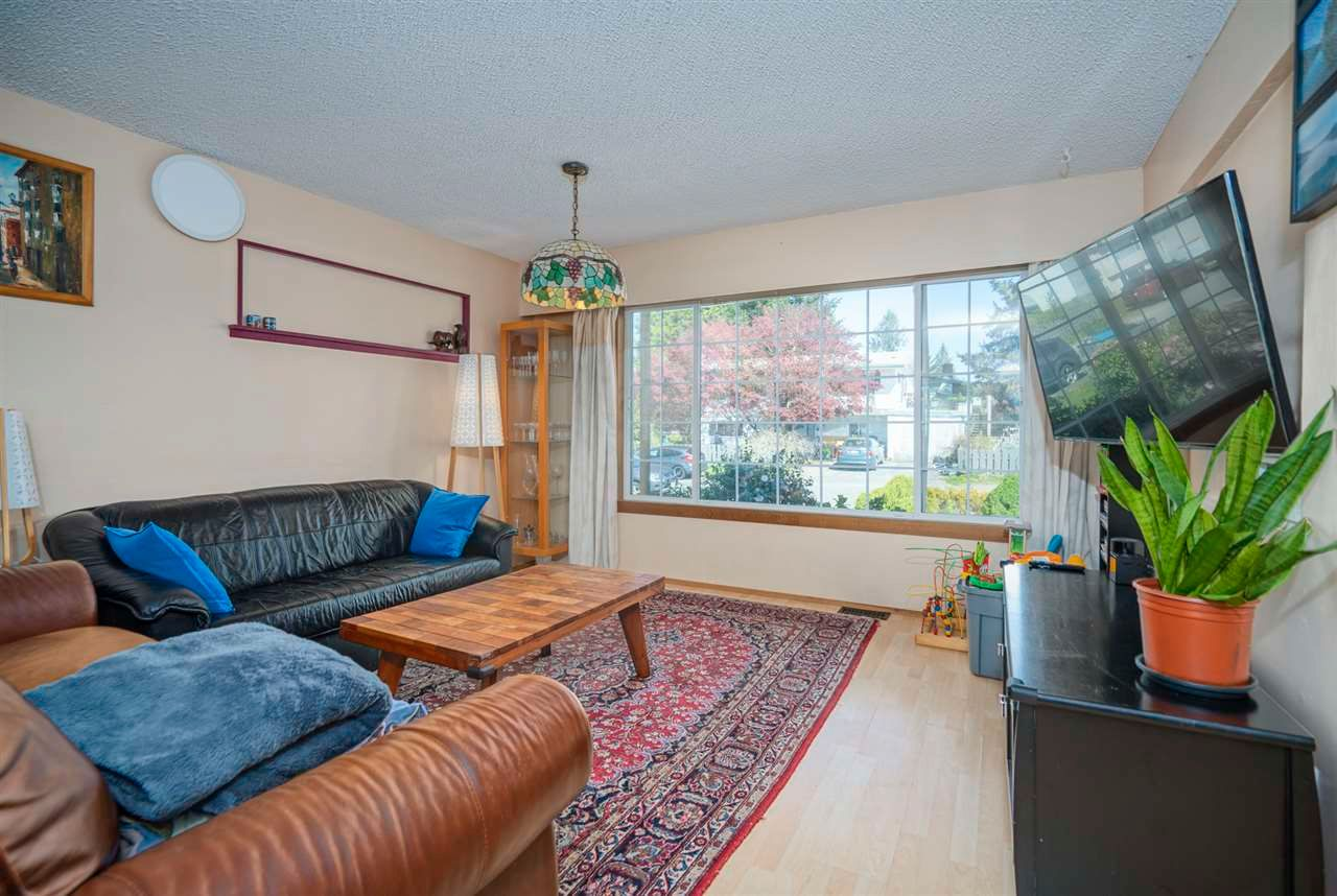Photo 9: Photos: 32036 WESTVIEW Avenue in Mission: Mission BC House for sale : MLS®# R2568098