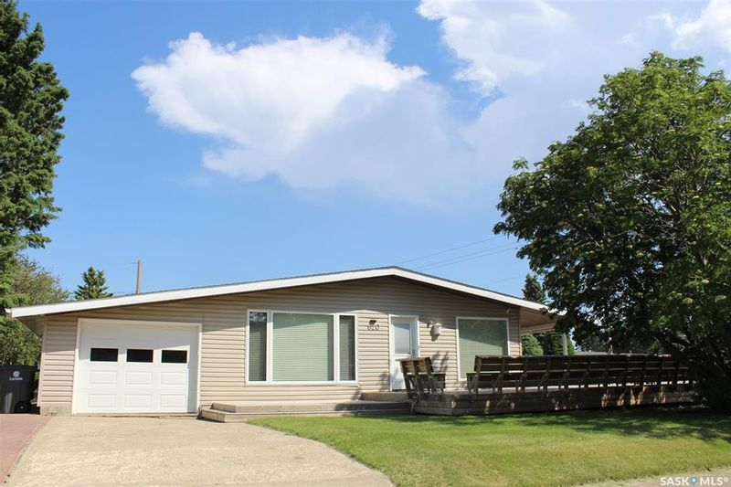 FEATURED LISTING: 620 3rd Street West Wilkie