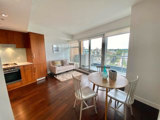 """Photo 8: 1102 1565 W 6TH Avenue in Vancouver: False Creek Condo for sale in """"6TH & FIR"""" (Vancouver West)  : MLS®# R2602181"""