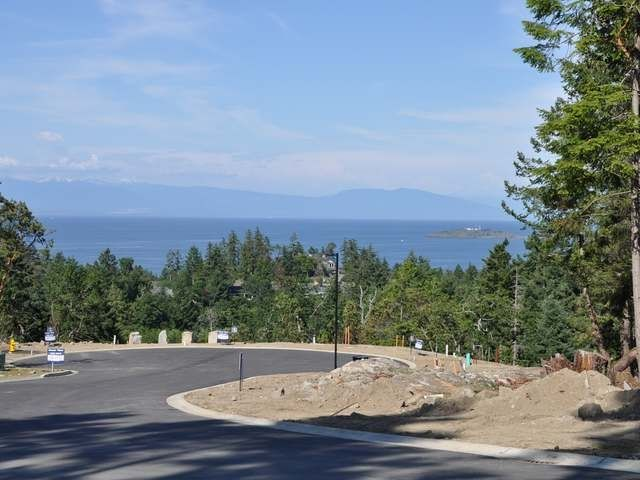 FEATURED LISTING: Lot 8 Bromley Place NANOOSE BAY