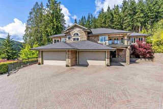 Photo 2: 225 ALPINE Drive: Anmore House for sale (Port Moody)  : MLS®# R2573051