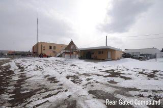 Photo 4: 5410 17 Avenue SE in Calgary: Penbrooke Meadows Retail for sale : MLS®# C4306306
