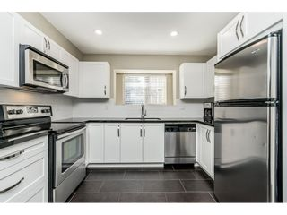 """Photo 8: 106 13368 72 Avenue in Surrey: West Newton Townhouse for sale in """"Crafton Hill"""" : MLS®# R2314183"""