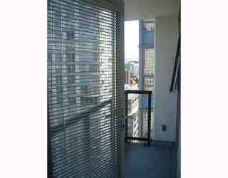 """Photo 8: 2509 939 EXPO Boulevard in Vancouver: Downtown VW Condo for sale in """"MAX 2"""" (Vancouver West)  : MLS®# V700944"""