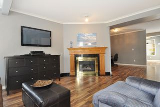 """Photo 3: 21 18951 FORD Road in Pitt Meadows: Central Meadows Townhouse for sale in """"PINE MEADOWS"""" : MLS®# R2346745"""