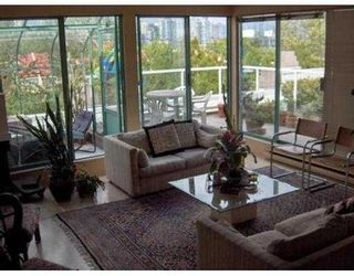 """Photo 2: 2250 SPRUCE ST in Vancouver: Fairview VW Townhouse for sale in """"SIXTH ESTATE"""" (Vancouver West)  : MLS®# V552446"""