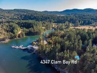 Photo 2: 4347 Clam Bay Rd in Pender Island: GI Pender Island House for sale (Gulf Islands)  : MLS®# 885964