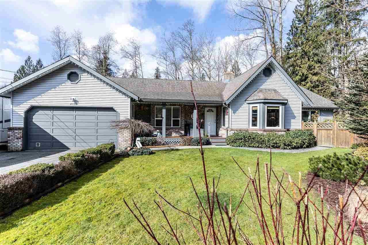 Main Photo: 8536 TERRIS Street in Mission: Mission BC House for sale : MLS®# R2548031