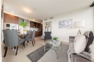 """Photo 3: 2609 455 SW MARINE Drive in Vancouver: Marpole Condo for sale in """"W1-WEST TOWER"""" (Vancouver West)  : MLS®# R2388321"""