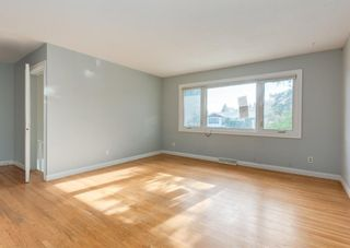 Photo 3: 340 Acadia Drive SE in Calgary: Acadia Detached for sale : MLS®# A1149991