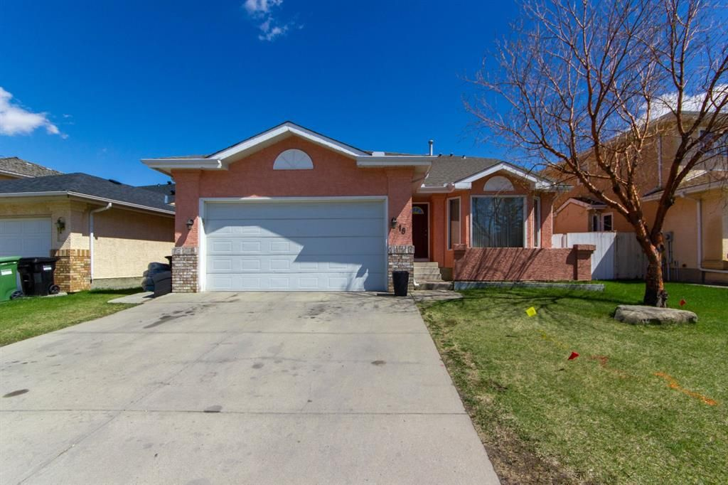 Main Photo: 18 Coral Sands Place NE in Calgary: Coral Springs Detached for sale : MLS®# A1109060