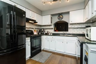 """Photo 2: 20 26970 32 Avenue in Langley: Aldergrove Langley Townhouse for sale in """"Parkside Village"""" : MLS®# R2273111"""