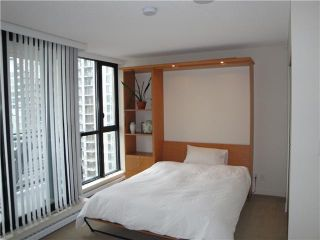 "Photo 4: 2308 909 MAINLAND Street in Vancouver: Downtown VW Condo for sale in ""YALETOWN PARK 2"" (Vancouver West)  : MLS®# V888548"