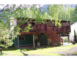 Photo 2: 37937 WESTWAY Avenue in Squamish: Valleycliffe House for sale : MLS®# V693133