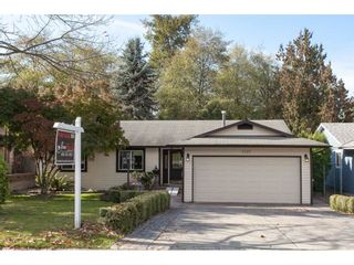 Photo 1: 6325 180A Street in Surrey: Cloverdale BC House for sale (Cloverdale)  : MLS®# R2314641