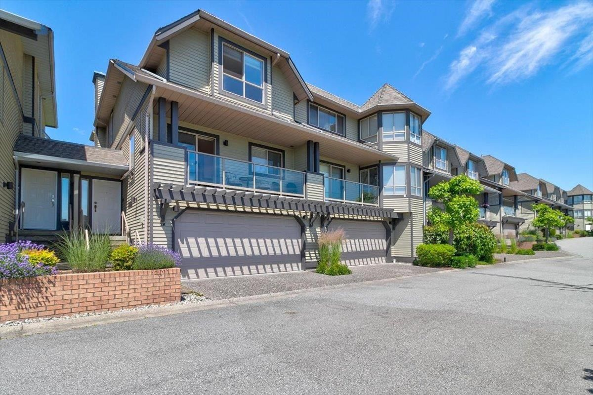 """Main Photo: 26 1207 CONFEDERATION Drive in Port Coquitlam: Citadel PQ Townhouse for sale in """"CITADEL HEIGHTS"""" : MLS®# R2596274"""