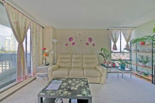 """Photo 6: 903 6759 WILLINGDON Avenue in Burnaby: Metrotown Condo for sale in """"Balmoral On the Park"""" (Burnaby South)  : MLS®# R2558756"""