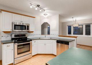 Photo 10: 35 DOUGLAS GLEN Place SE in Calgary: Douglasdale/Glen Detached for sale : MLS®# A1154462