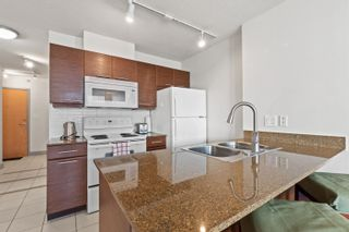 """Photo 4: 1526 938 SMITHE Street in Vancouver: Downtown VW Condo for sale in """"Electric Avenue"""" (Vancouver West)  : MLS®# R2617511"""