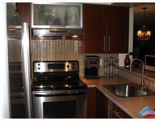 """Photo 5: 302 1125 GILFORD Street in Vancouver: West End VW Condo for sale in """"GILFORD COURT"""" (Vancouver West)  : MLS®# V678991"""