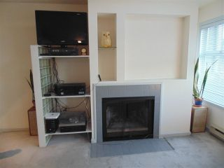 Photo 3: 106 825 W 7TH Avenue in Vancouver: Fairview VW Townhouse for sale (Vancouver West)  : MLS®# R2438221