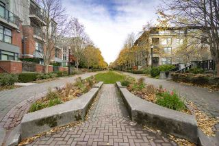 """Photo 19: 108 2688 VINE Street in Vancouver: Kitsilano Townhouse for sale in """"TREO"""" (Vancouver West)  : MLS®# R2318408"""