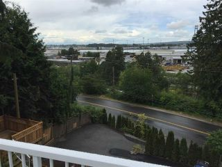 """Photo 14: 11380 RIVER Road in Surrey: Royal Heights House for sale in """"ROYAL HEIGHTS"""" (North Surrey)  : MLS®# R2423198"""