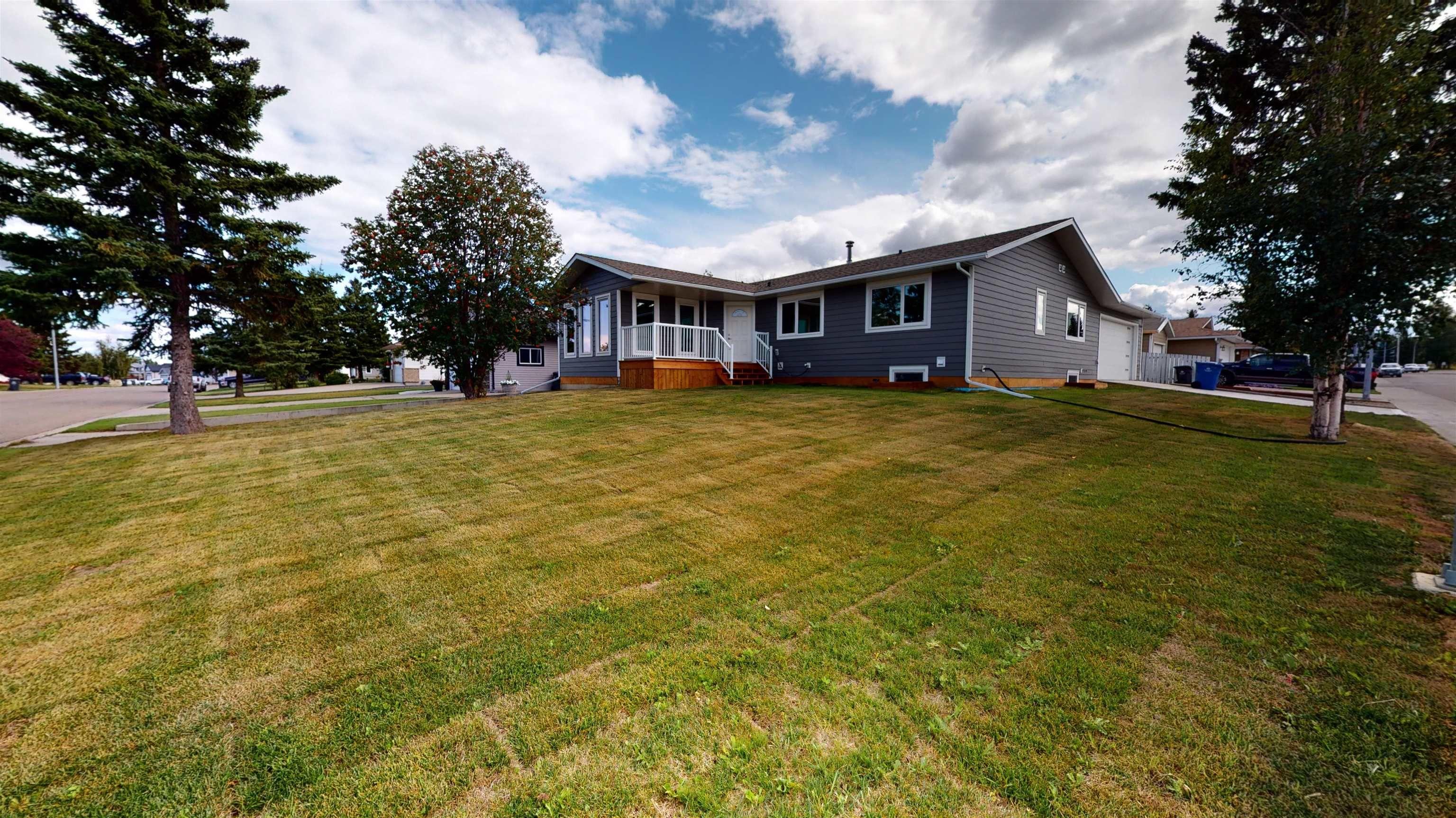 Main Photo: 10519 114 Avenue in Fort St. John: Fort St. John - City NW House for sale (Fort St. John (Zone 60))  : MLS®# R2611135