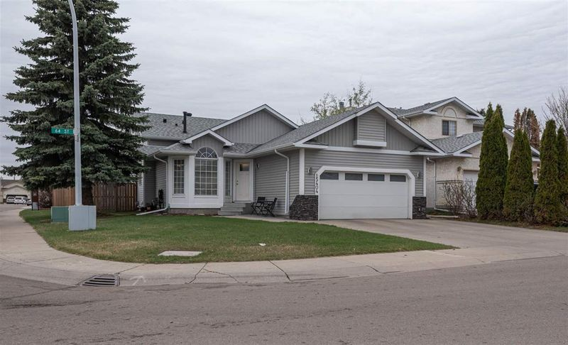 FEATURED LISTING: 15404 64 Street Edmonton