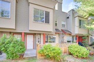 Photo 1: 30 12449 191 Street in Pitt Meadows: Mid Meadows Townhouse for sale : MLS®# R2204731