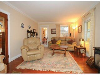 Photo 9: 15522 VICTORIA Avenue: White Rock House for sale (South Surrey White Rock)  : MLS®# F1315146
