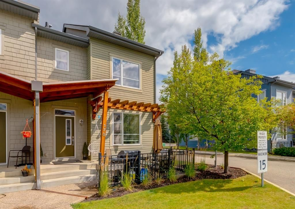 Main Photo: 173 Chapalina Square SE in Calgary: Chaparral Row/Townhouse for sale : MLS®# A1140559
