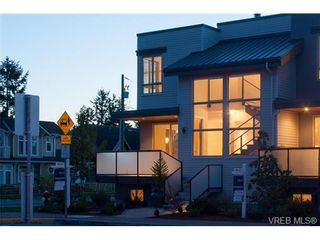 Photo 19: Fee Simple Townhome in Sidney By The Sea