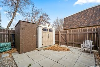 Photo 2: 50 Oakview Drive in Regina: Uplands Residential for sale : MLS®# SK851899