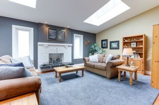 Photo 4: 1011 HENDECOURT Road in North Vancouver: Lynn Valley House for sale : MLS®# R2617338